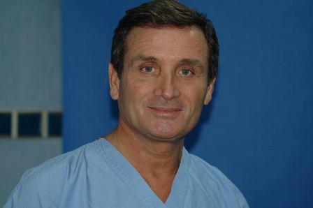 Il chirurgo plastico Camillo D'Antonio